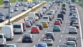 Колко нови автомобила бяха продадени в България от началото на годината?