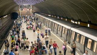 Възстановено е движението на метрото