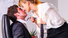 Мъжете се фукат, ако оправят шефката