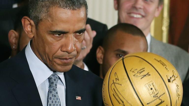 Баскетболен екип на Барак Обама продаден за $120 000