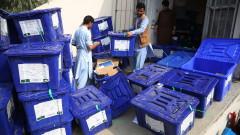 Нередности бавят резултатите от изборите в Афганистан