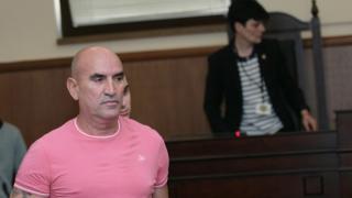 Подпалиха дома на адвоката на Ценко Чоков