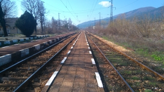 Дерайлира влакът Панагюрище-Пловдив