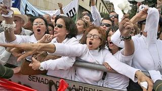 Милионен протест в Колумбия срещу отвличанията в страната