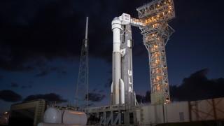 """Новият космически кораб """"Старлайнер"""" на """"Боинг"""" се връща 6 дни по-рано"""