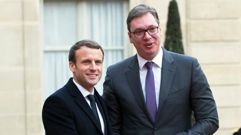 Изглежда, френският президент Еманюел Макрон е много популярен сред някои