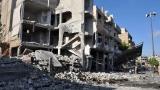 Сирийската армия масирано бомбардира бунтовниците в източната част на Дамаск