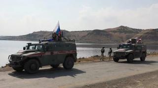 Руските сили започнаха да се разгръщат по границата между Турция и Сирия