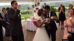 Репортерка на Гала се омъжи за Деян Веселинов
