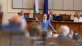 Цветанов обеща съгласуване с президента на новия главсек
