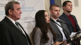 АБВ заподозря задкулисни договорки фаворитите да водят дебати помежду си