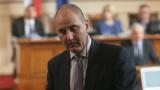 """Цветанов предложи на Орешарски да започне кампанията си с """"белия автобус"""""""