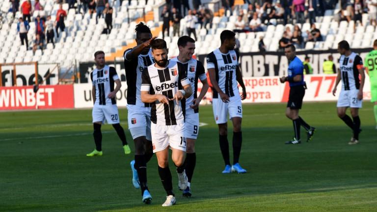 Локомотив (Пловдив) иска да продължи възхода си срещу Славия