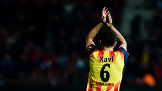 Шави става треньор на Барселона след края на сезона?