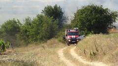 """Гасят пожар в близост до 60-и км на """"Тракия"""""""