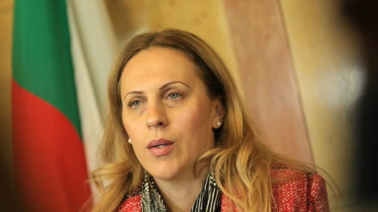 Заради пандемията България отчита 60 % спад на международни туристи