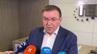 Костадин Ангелов: Мерките срещу COVID-19 не са стимулиращи, а симулиращи