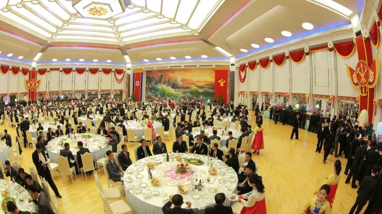 Снимка: Северна Корея може да не харесва САЩ и Южна Корея, но обича Apple и Samsung