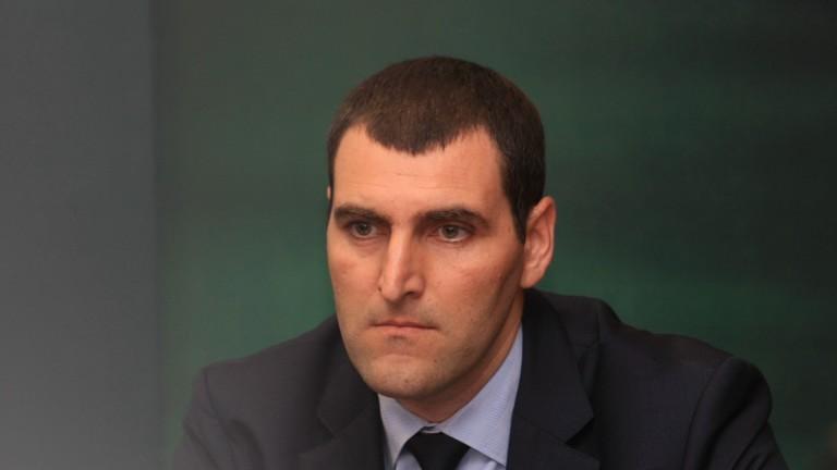 Спецпрокурор Ангел Кънев отрича да познава конкурент на арестувания алкохолен