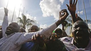 """Кения каза """"Да"""" на новата си конституция без насилие"""