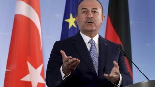 """Гърция продължавала """"провокативните"""" стъпки въпреки дипломатическите усилия на Турция"""