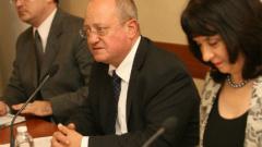 Тодор Танев не обеща по-високи учителски заплати за 2016 г.