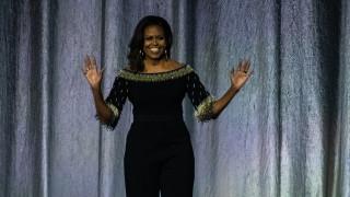Мишел Обама влиза в Залата на славата