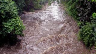 Ситуацията след обилните валежи в Етрополе е овладяна