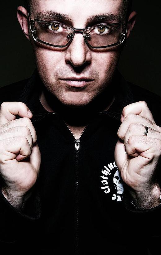 """DJ Judge Jules ще гостува в столичния клуб """"Ескейп"""""""