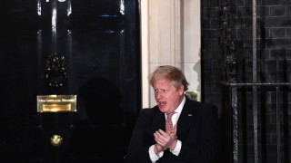 Коронавирус: Борис Джонсън се подобрява
