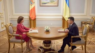 Зеленски призовава ЕС да помогне с ваксини на Украйна и Молдова