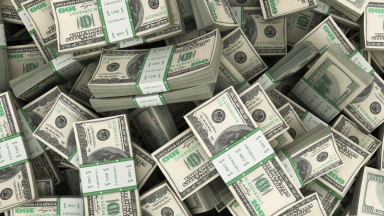 """Сенчестото банкиране"" достигна $34.2 трилиона"