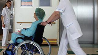 Губим по 1 000 медицински сестри годишно