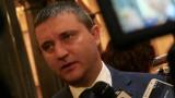 Горанов готов за двумилиардното фискално усилие Ф-16