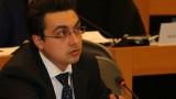 Само 31% от българите имат основни дигитални умения, притеснен Момчил Неков