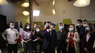 Раздор между мюсюлманите във Франция заради хартата на Макрон за борба с екстремизма