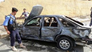 70 души загинаха при серия от взривове в Ирак