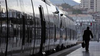 Наши цигани откраднаха 4 т мед от френските железници