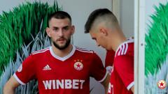 ЦСКА прати Радослав Живков и Християн Петров в Литекс до края на полусезона