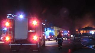 Мъж загина при пожар в дома си в Русе, семейство с бебе се спаси по чудо