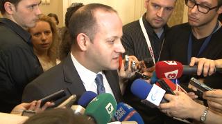 """Премиерът отдавна няма мнозинство, разчита на Ковачки, ДПС и Атака, """"клъвна"""" го Радан Кънев"""