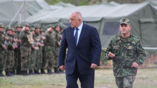 """Борисов: Още 300 военни тръгват към браздата; Съкращават 300 работници от мина """"Черно море"""""""
