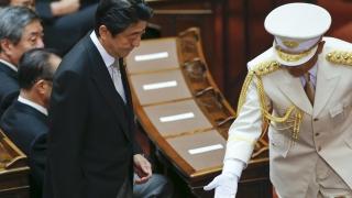 """Ястреб""  оглави военното министерство на Япония"