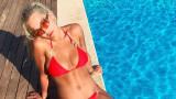 Рита Ора и секси ваканцията ѝ на остров Ибиса