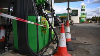 Великобритания хвърля военните за осигуряването на доставките на гориво