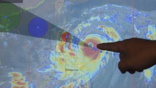 Супертайфун връхлита Филипините