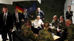 Санкциите срещу Русия остават, отсече Меркел