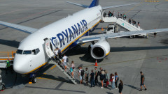 Най-голямата компания за бюджетни полети в Европа се готви за $1,1 милиарда загуба