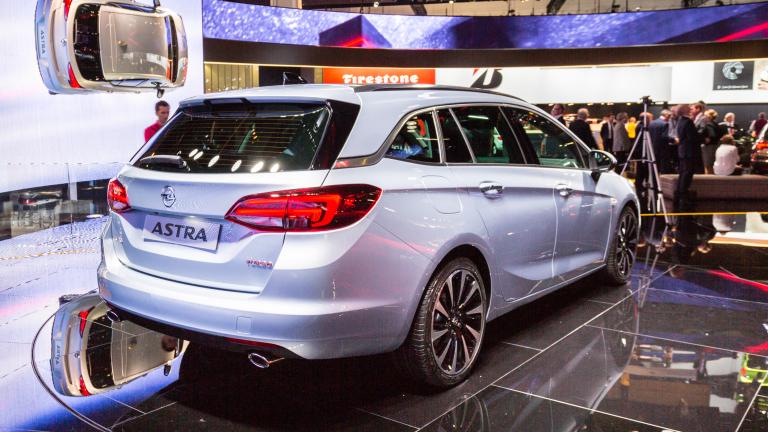 """GM плаща на Peugeot $3,2 милиарда, за да се """"отърве"""" от Opel"""
