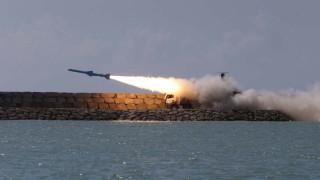 За първи път Иран успешно изпита крилата ракета от подводница